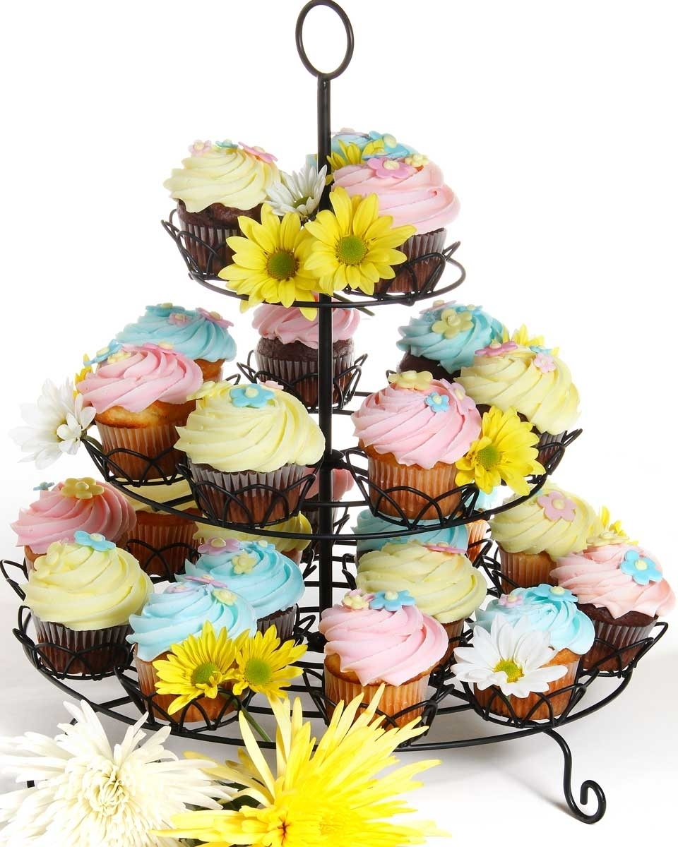 Invermere Bakery - Cupcakes - Flowers