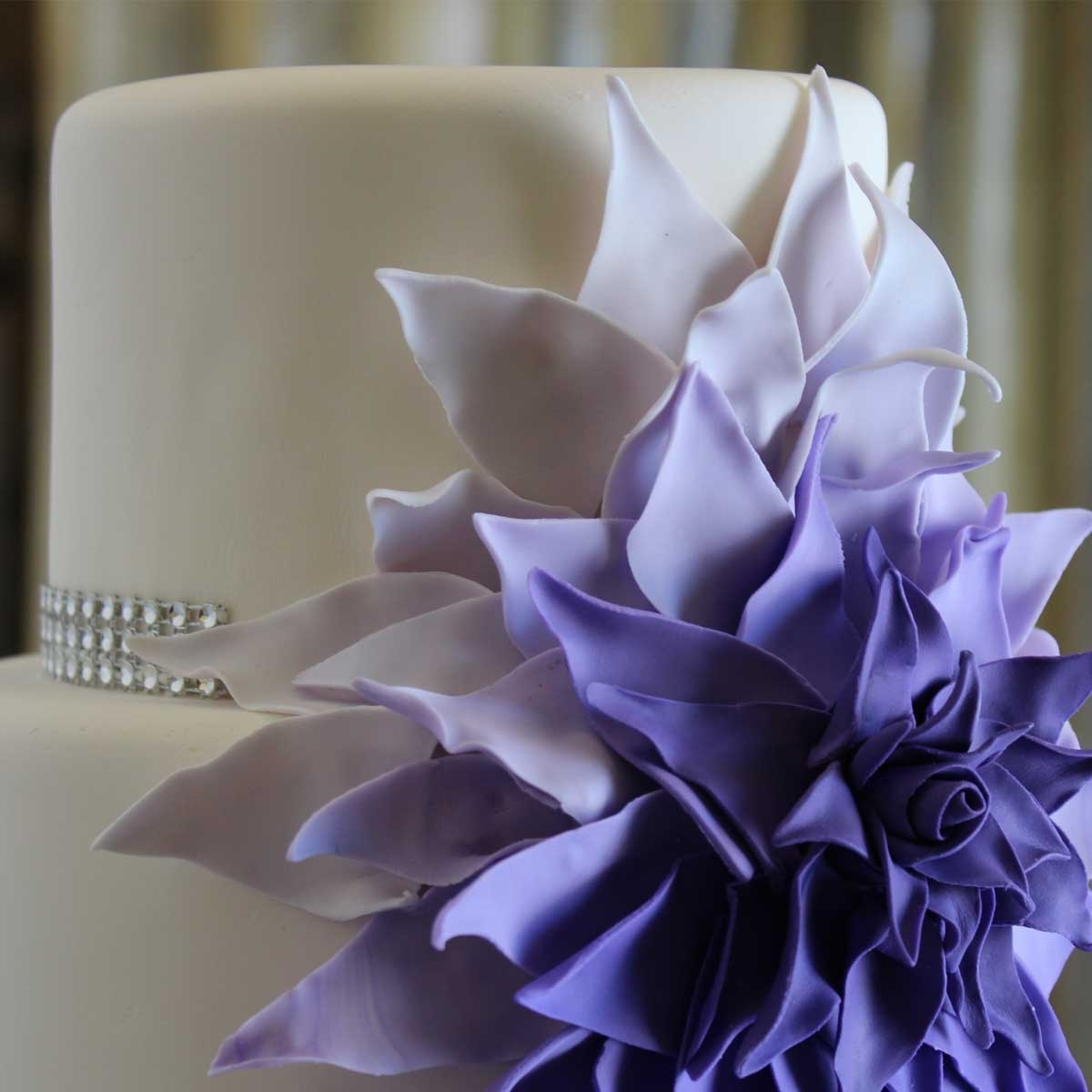 Invermere Bakery - Wedding Cake