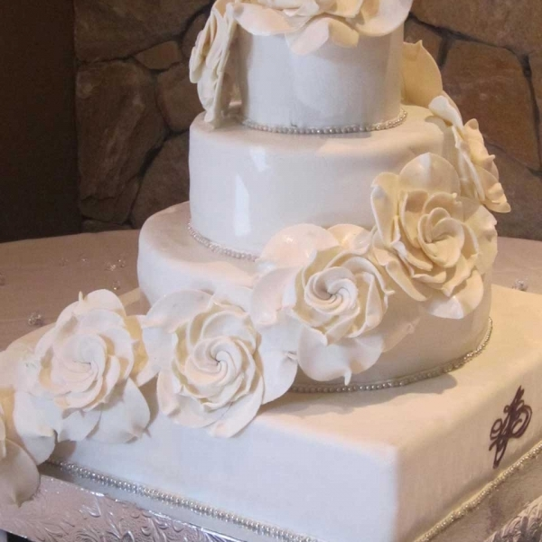 wedding cakes the invermere bakery