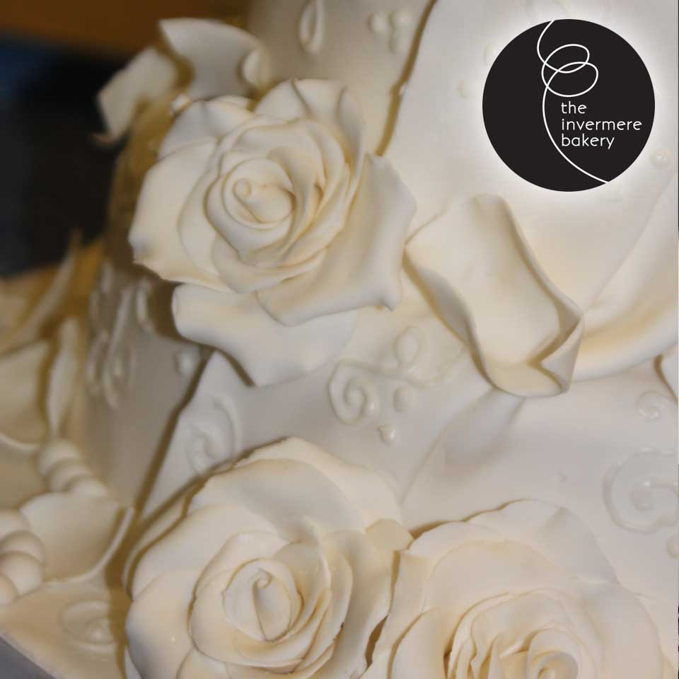 Invermere Bakery - Wedding Cake - White Roses